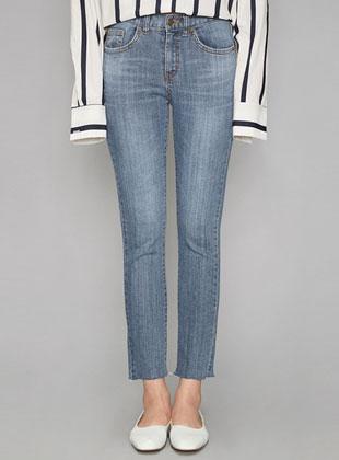 Daily Slim Line Straight Fit Denim Pants