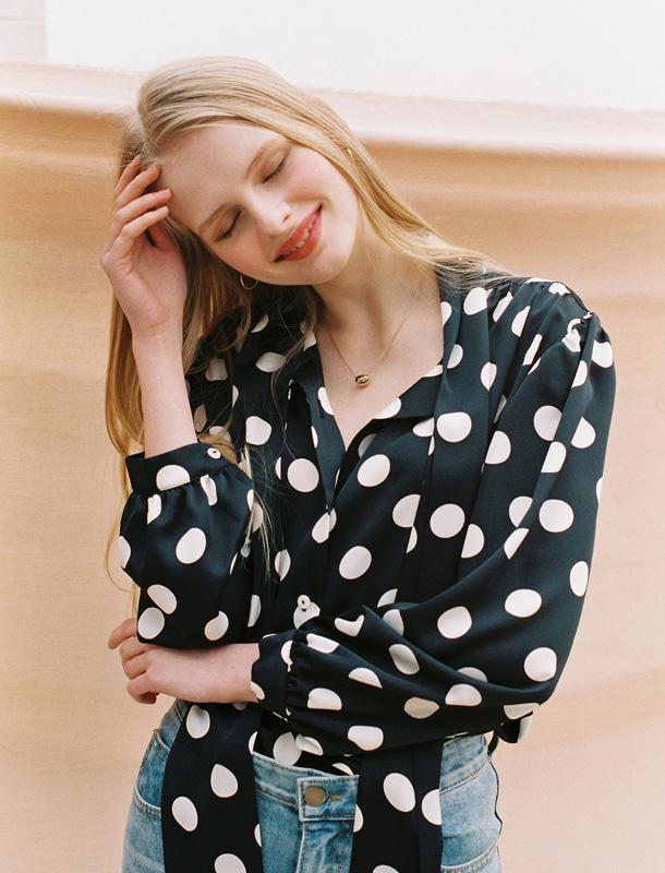 NOMINATE - BRAND - Korean Fashion - #Kfashion - Big Dots Tie Blouse Black